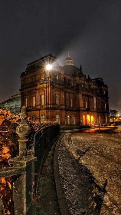 People's palace Glasgow frosty nigjt