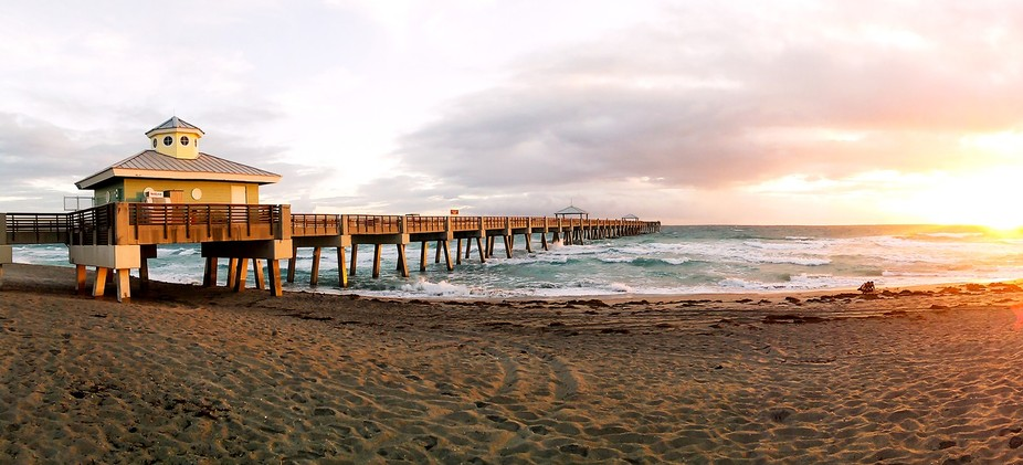 Juno Beach Pier November 2016