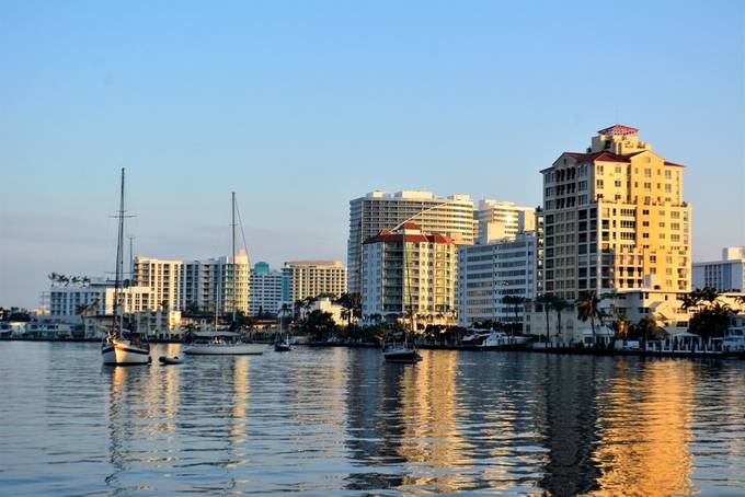 This is in Fort Lauderdale Intercoastal Marina, where you can see marvelous buildings and yachts.
