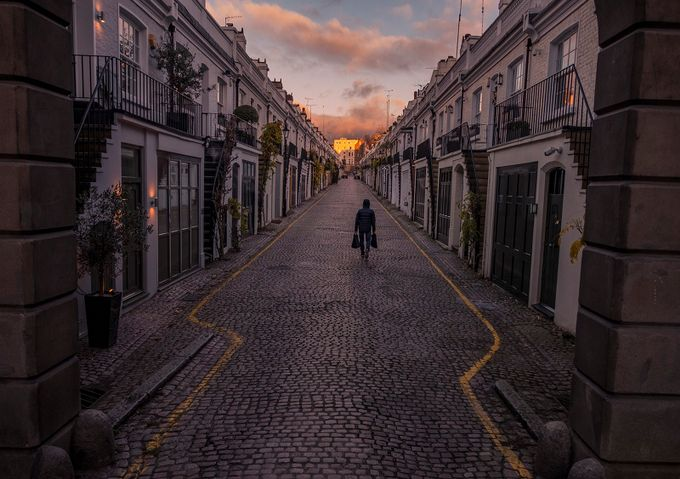 Way Home by richiepoor_2470 - London Photo Contest