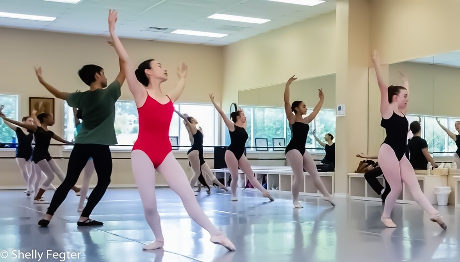 Practice Session of intermediate dance class at TKB Center for Ballet and Dance, Houston, TX