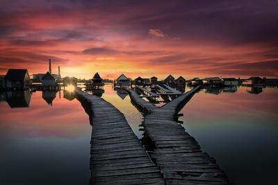 Bokodi Hutoto Lake