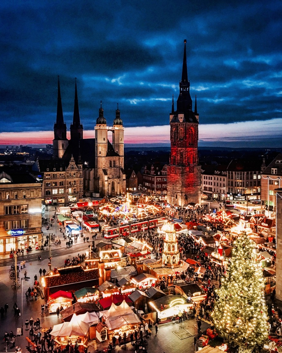 Weihnachtsmarkt Halle  by life_of_robi - Holiday Lights Photo Contest 2017