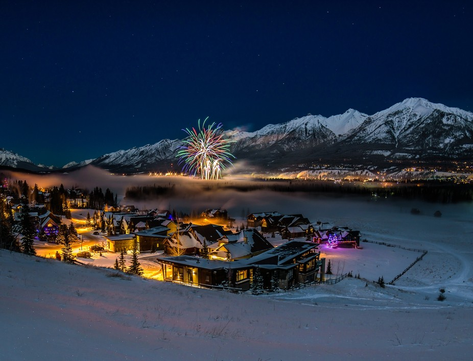 My first attempt capturing some NYE celebrations. All the way from Canmore in the Canadian Rockies.