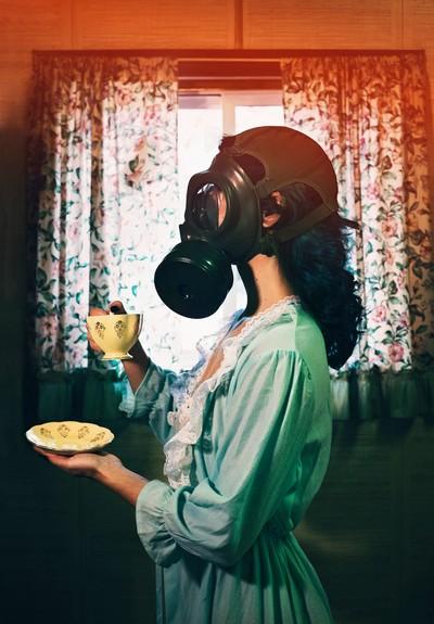 Nuclear wife, nuclear life.