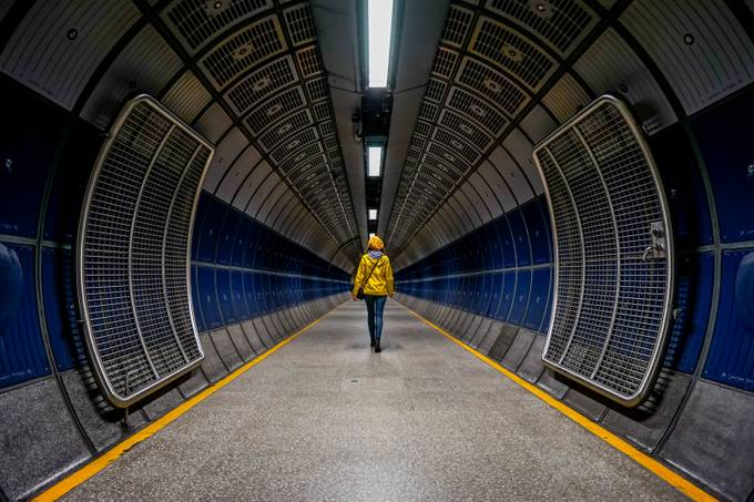 The Tube by LisaShalom - London Photo Contest