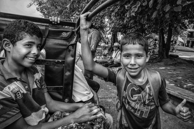 Eje Cafetero, Quindio - Colombia, school transport with old Willy's