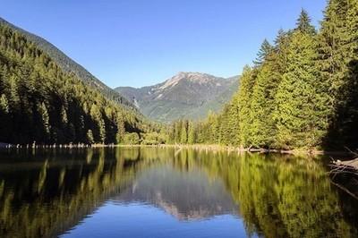 Foley Lake ♥️ #camping #foleylake #chilliwack #explore #explorebc #mountains #mountain #lake #beautifulbc #beautifulday #beautiful #nature #natureza #naturephotography #naturelover #natureaddict #hike #hikebc #freshair #amazing #instadaily #instalikes #in