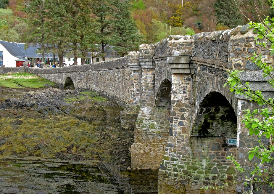 Bridge to Eilan Donan castle