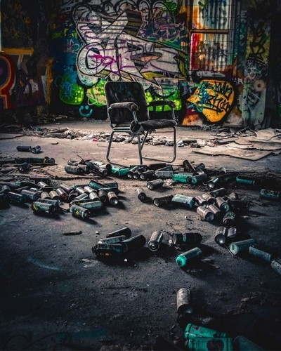 Graff chair