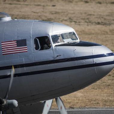 DC 3 nose