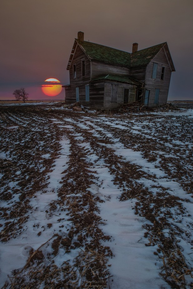 House of the rising Sun by aaronjgroen - Abandoned Photo Contest
