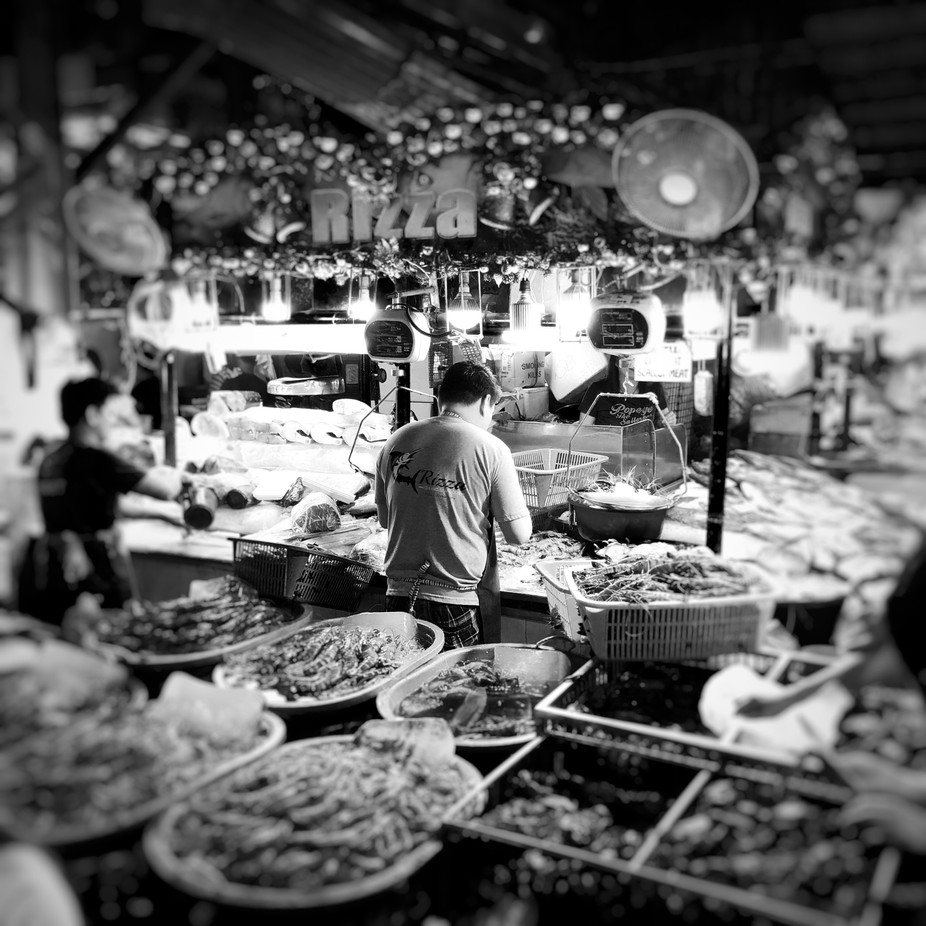 Working hard for the money by RTDPhotos - Food Markets Photo Contest