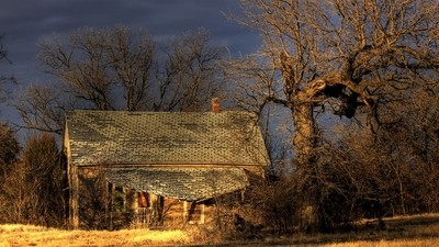 old house_1022_3_4_wide