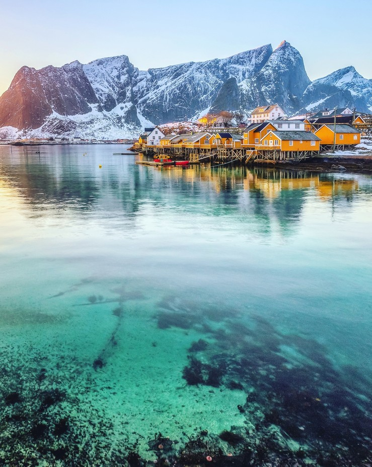 Sakrisøy by Vemsteroo - Towns In The Winter Photo Contest