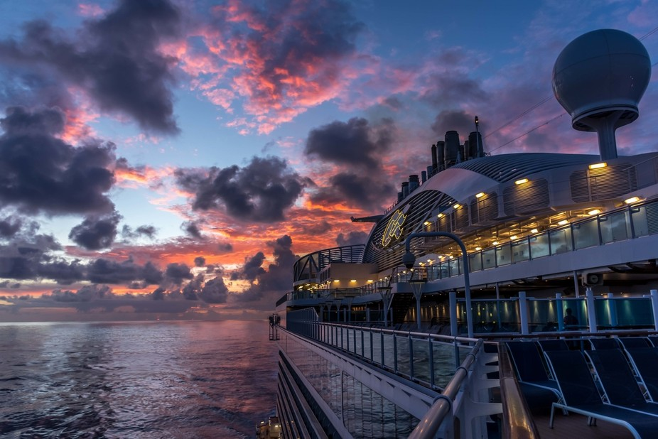 This was the morning of the final day at sea somewhere in the Caribbean heading back to Ft. Laude...