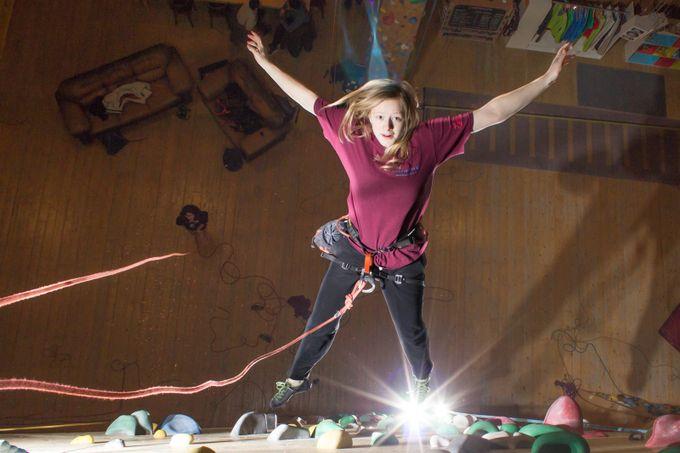 Indoor climbing, falling.  20170127 588_1
