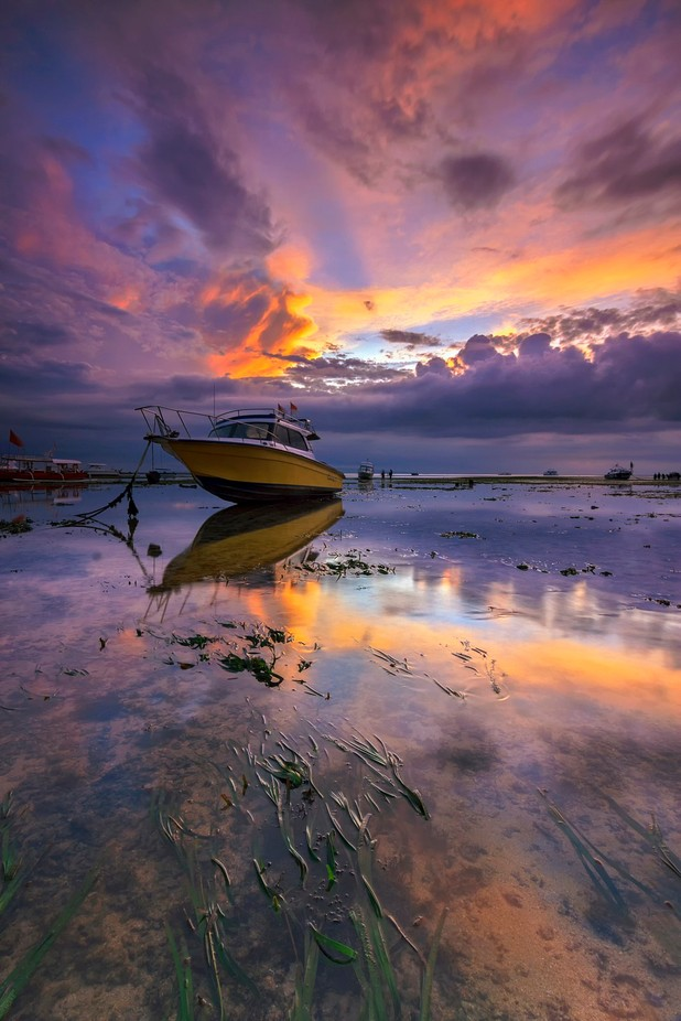 The boat by koriwardhana - Image Of The Month Photo Contest Vol 29