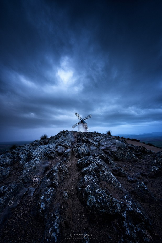 Hora Azul by CmoonView - Windmills Photo Contest