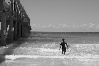 BNW Surfer