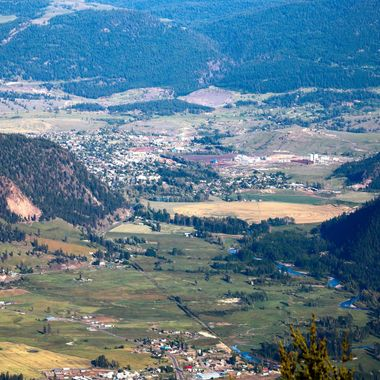 A view of Merritt from Pomontory lookout