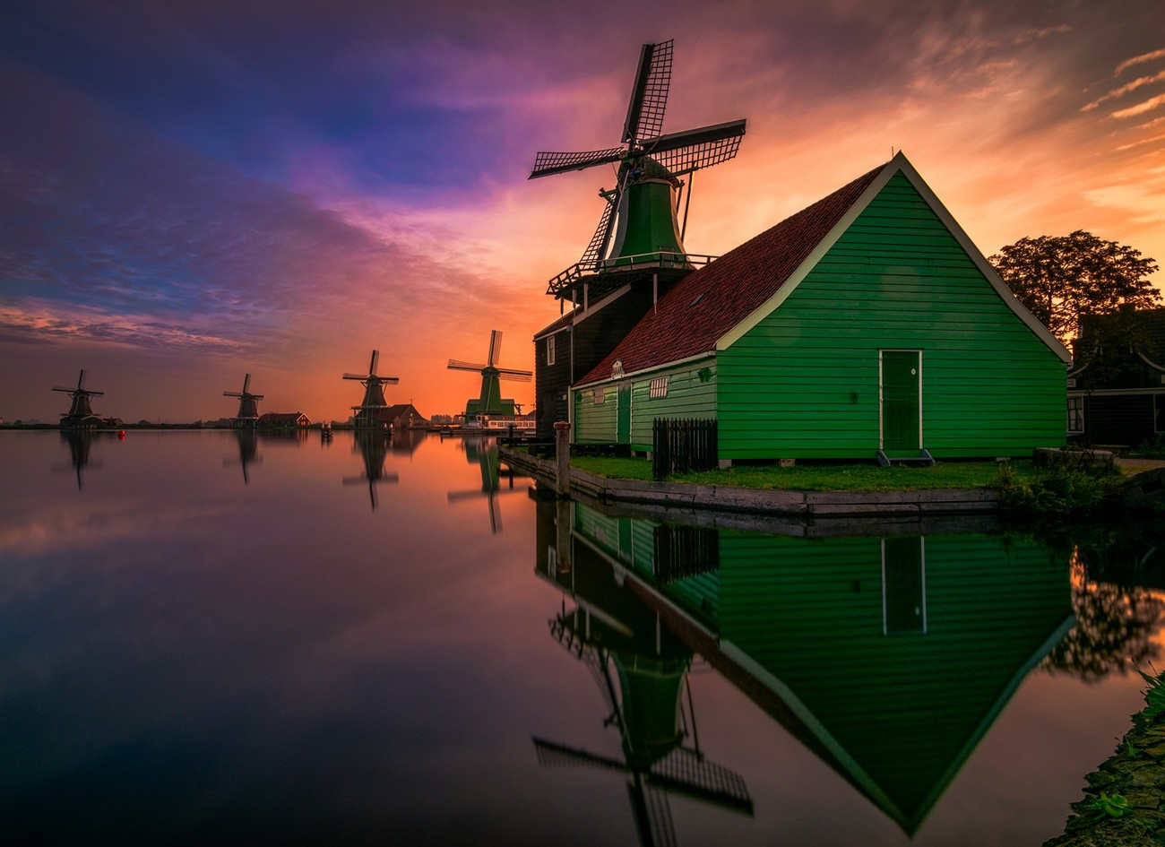 16+ Things Photographers Look At When Shooting Windmills
