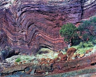 rock folding in the Pilbara,