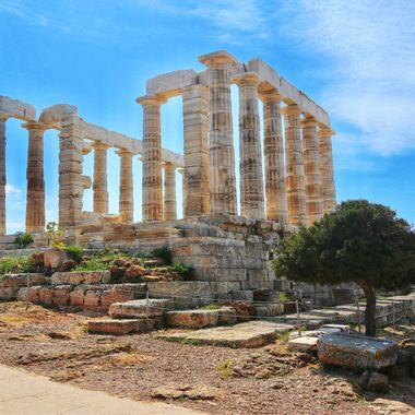 Temple of Poseidon at Sounion, Greece!