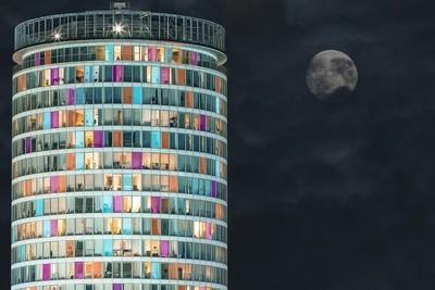 Rotunda Moon