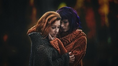 Elizabeth & Denisa