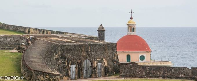 This scene was at El Morro, in San Juan Puerto Rico, this is actually a fortress and not a castle, it was meant for the defense of the port and not as for citizens or regular people to live there.