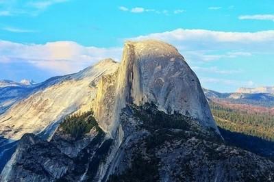 Had an awesome trip to Yosemite National Park!! • • • • • • • • #mountains #canon #hikes #yosemite #yosemitenationalpark #halfdome #caliliving #californiaadventure #nationalgeographic #naturalbeauty #nature #adventure #majestic #sunset #exploringtheglobe