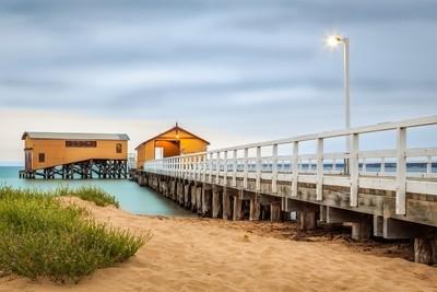 Sand meets Pier