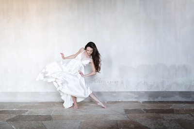 Dance in the castle II