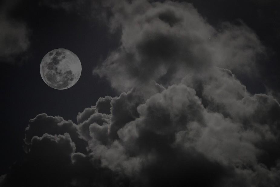 Super moon taken in Kralendijk Bonaire.