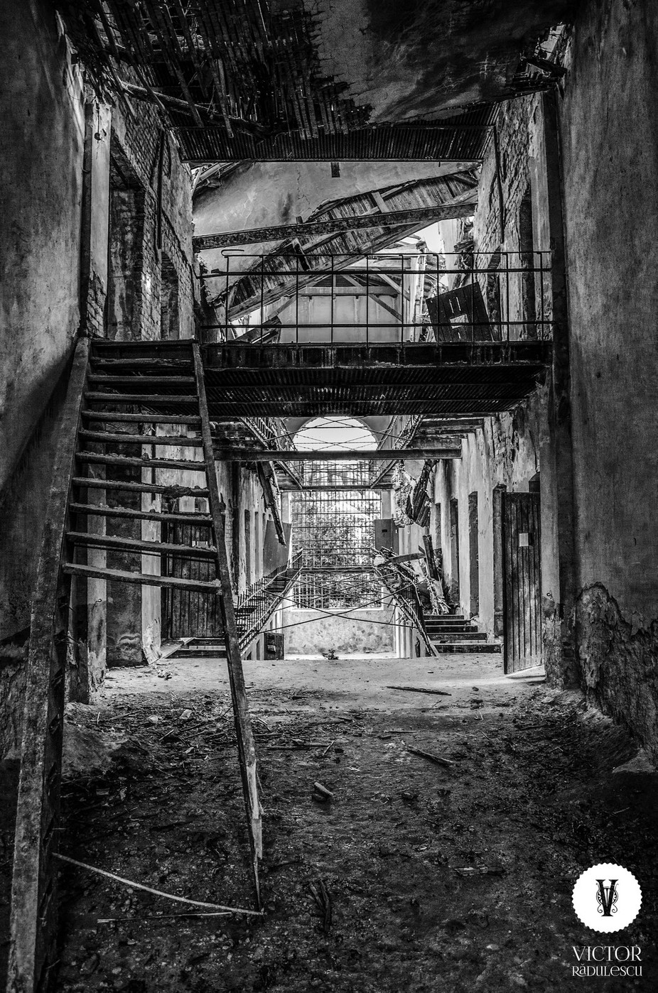 _DSC0105 copy by victorradulescu - Abandoned Photo Contest