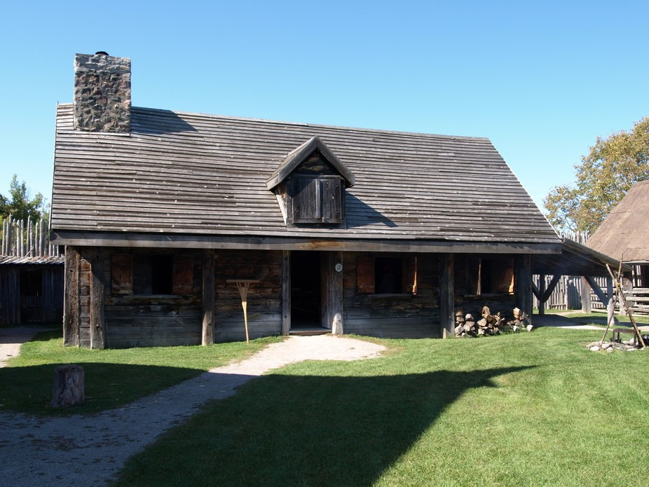 One of the main Canadian settler dwellings inside the encampment fort.