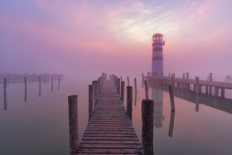 Just for a minute the fog was almost gone at Lake Neusiedl before it came back to cover everythin...