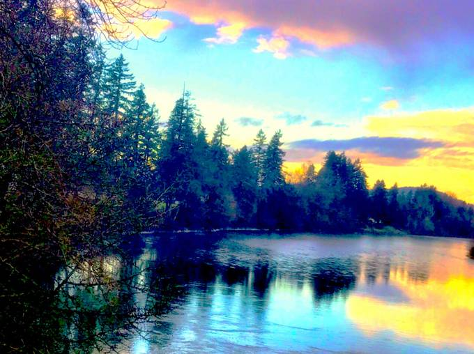 Clackamas River: winter sunset