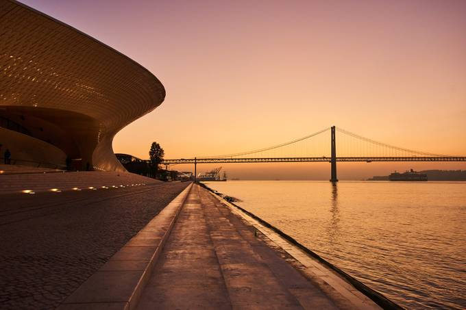 Maat at sunrise (3/2018)  by josejfferreira - Sunset And The City Photo Contest