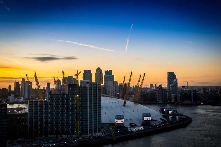 After sunset from Greenwich Emirates Air Line over River Thames