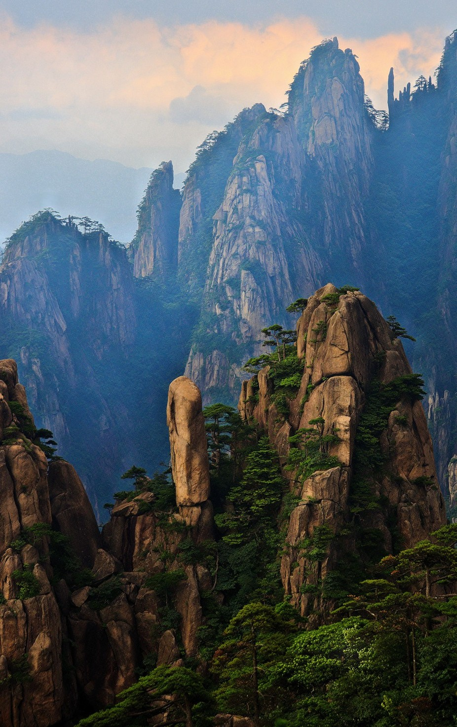 Huangshan Mountains by billsisson - Spectacular Cliffs Photo Contest