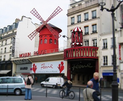 Moulin Rouge 2004