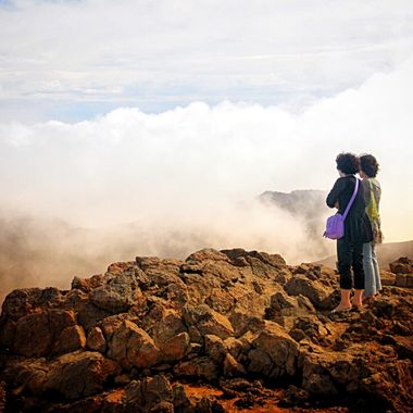 Peering into a libe volcano in Nicaragua!