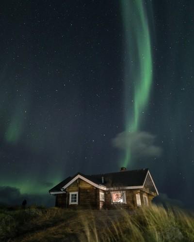 Chimney auroras