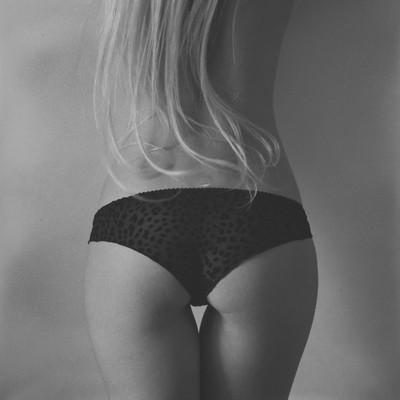 black & blonde
