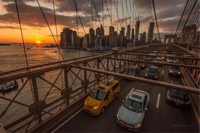 Rush hour! The 5pm dash home over the Brooklyn Bridge