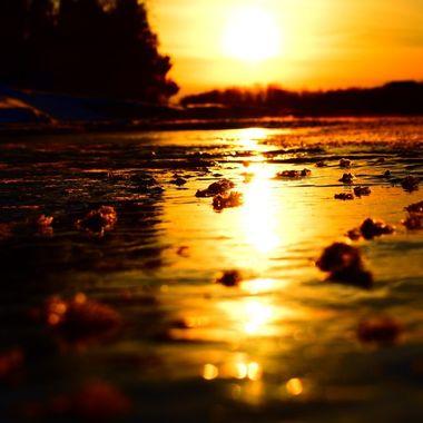 Rough ice on the Rainy River  Nikon D3400 supervivid