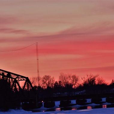 2 10 Sunset over the Ranier railroad lift bridge between the U.S and Canada Nikon D3400 pop