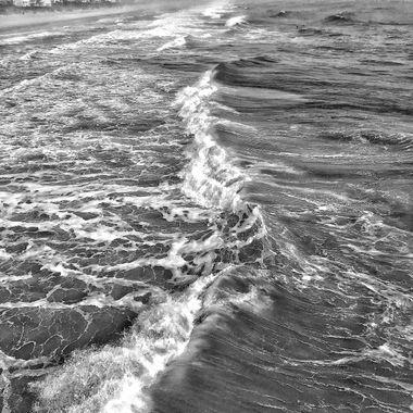 Waves Center BNW